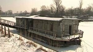 Urzędnicy nie chcą barki[br] w Porcie Czerniakowskim
