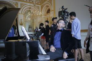 Koreańscy filmowcy w stolicy. Nagrywają serial szpiegowski