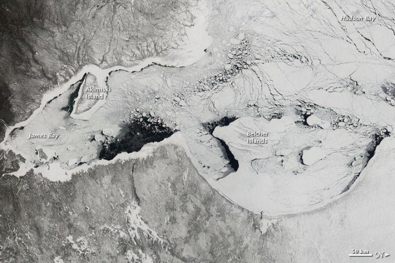 Zatoka Hudsona, kwiecień 2012 roku (NASA)