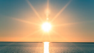 Prognoza pogody na dziś: dużo słońca, ale miejscami tylko 20 stopni